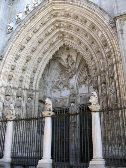 catedraldetoledo_fachada1.jpg