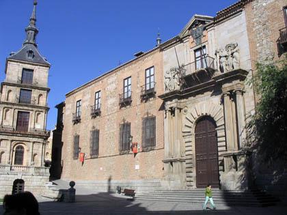 plazaayuntamiento_palacioarzobispal.jpg